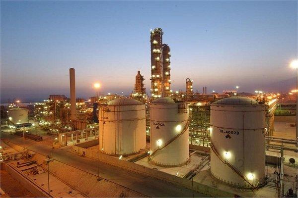اختصاص ۱۶.۸میلیارد دلار از صندوق توسعه ملی به نفت و گاز